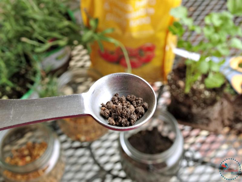 DIY Indoor Hanging Herb Garden add ecoscraps plant food