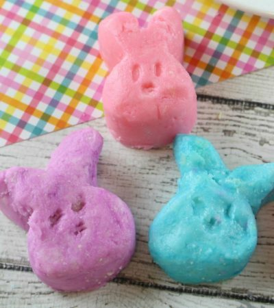 Easter Bunny Cream Cheese Mints – Colorful Bites of Deliciousness