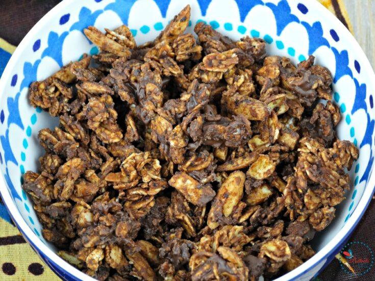 Mocha Granola with Almonds, Chocolate & Vanilla