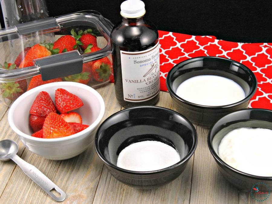 Strawberry Vanilla Smoothie ingredients