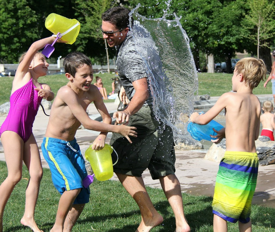 How to Build an Active Family With Your Kids - Make it Fun