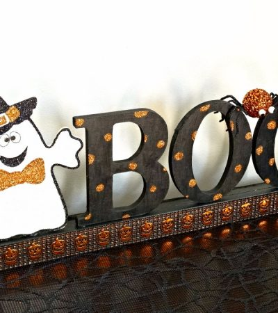 DIY Halloween Sign – Frighteningly FaBOOlous Decor