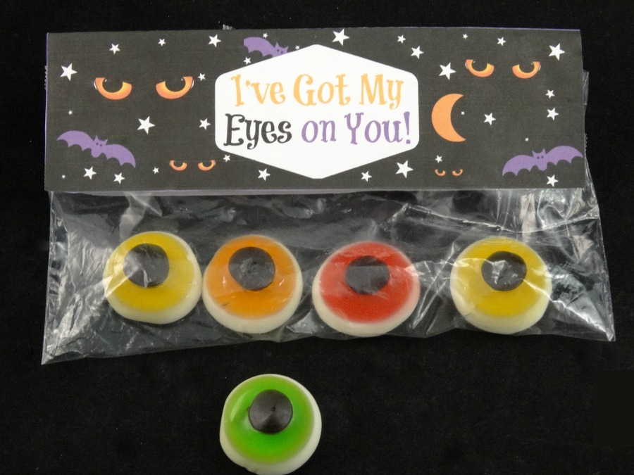 I've Got My Eyes on You Halloween treat bag toppers