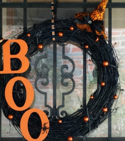 Halloween Wreath Tutorial- Welcome Halloween with DIY Door Decor