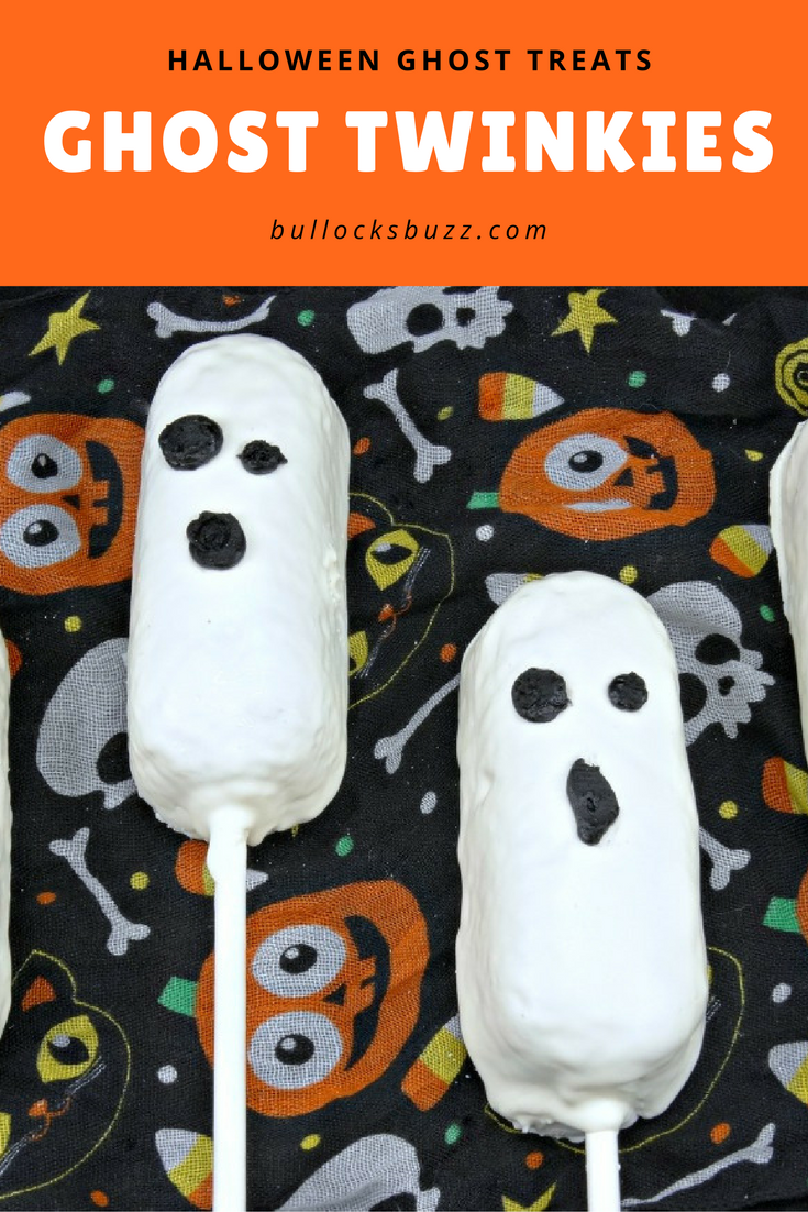 Halloween Ghost Treats with Twinkies are a spook-tacular Halloween treat for parties that are quick and easy to make!