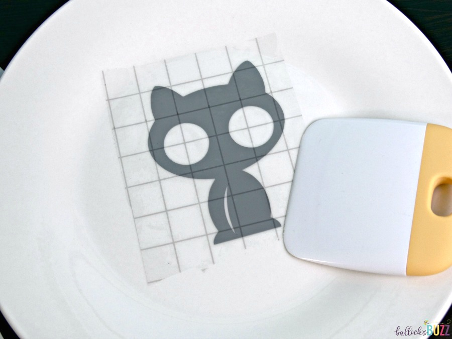 begin layering vinyl pattern onto plate DIY Cat Food Plate Purina Muse