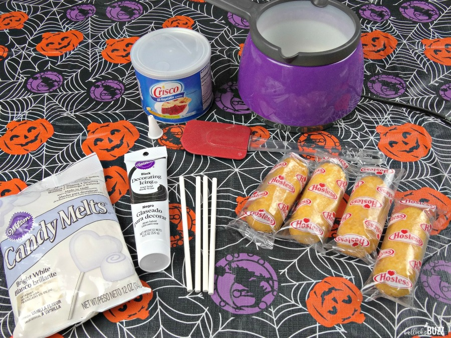 Halloween Ghost Treats with Twinkies ingredients