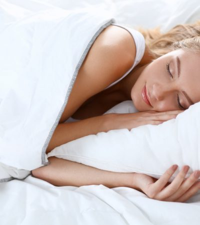 4 All-Natural Sleeping Remedies For The Incessant Insomniac