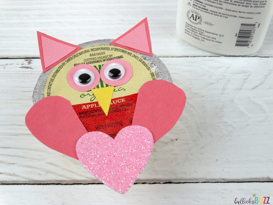 Valentine's Day Lunch for Kids DIY applesauce Owl