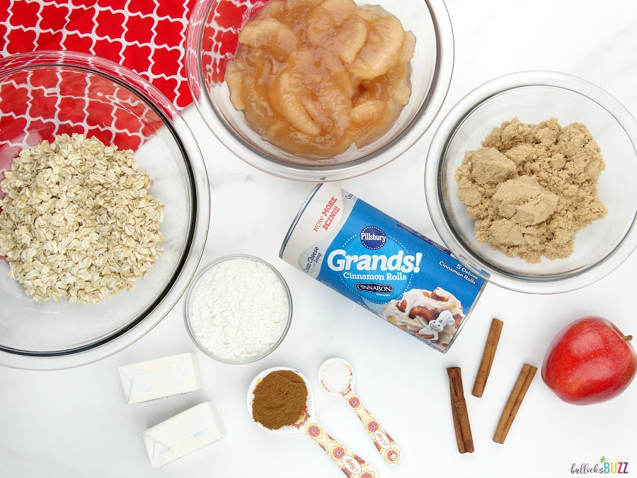 Cinnamon Roll Apple Crumble ingredients