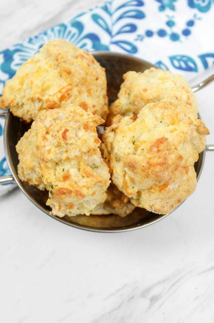 red lobster biscuits red lobster cheddar bay biscuits recipe #biscuits #cheddarbiscuits #copycatrecipe