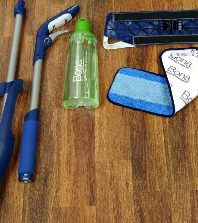 3 Simple, Quick and Easy Tips for Cleaning Laminate Floors #BonaLaminateCleaner