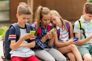 Internet Safety for Kids – 6 Tips to Help Keep Your Kids Safe Online
