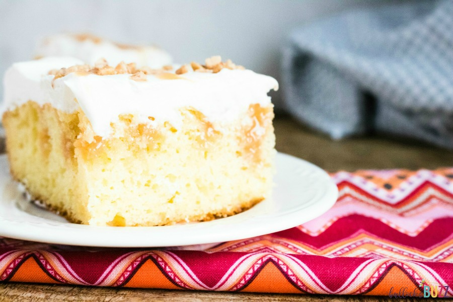 delicious caramel toffee poke cake recipe