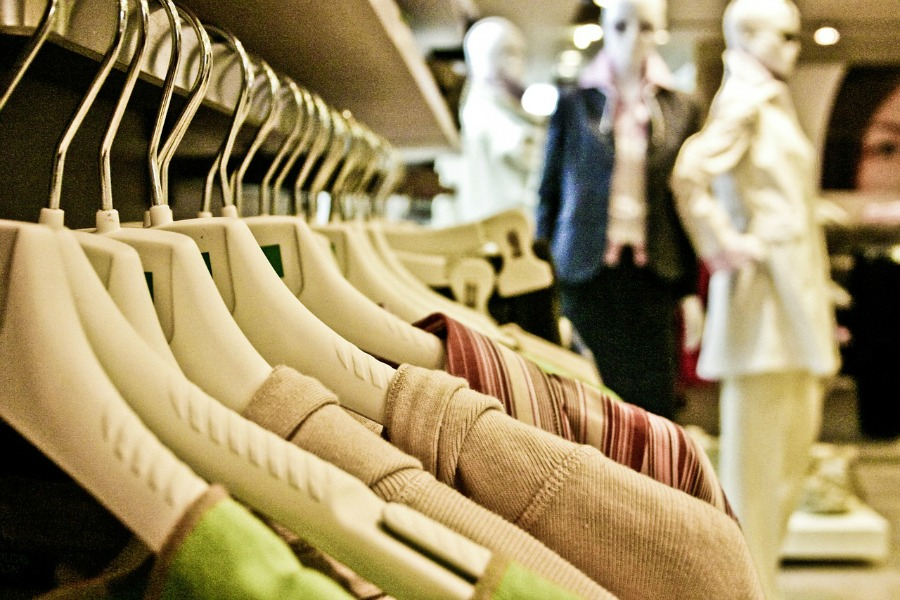 money-saving tips on buying winter clothes for women
