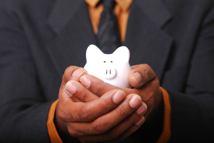 How to Save for Retirement and Still Pay off Debts