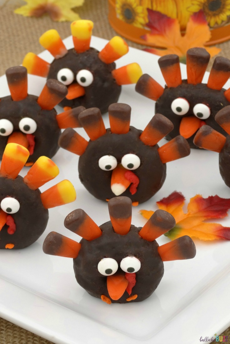 These mini donut turkeys are a fun and easy-to-make Fall food