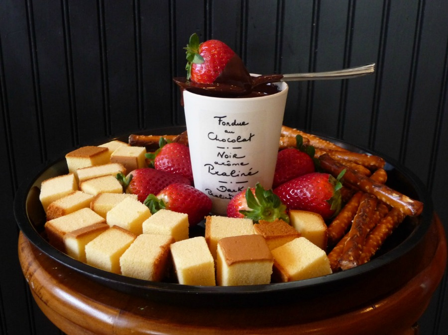 christmas dessert recipes idea chocolate fondue