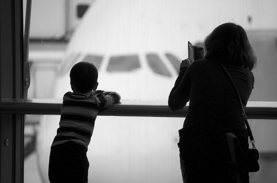 traveling with young children at airport