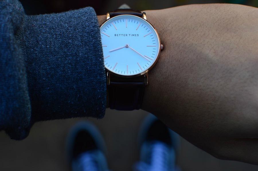 reasons to start wearing a watch