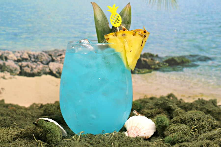 Sparkling blue, fruity summer cocktail recipe for Blue Hawaiian