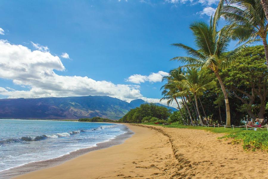 island vacation destination like this Hawaiian beach