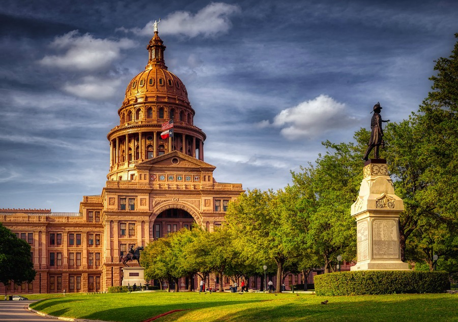 Best Day Trips from San Antonio the Texas State Capitol Building in Austin