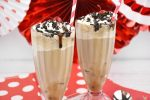 Brownie Sundae Root Beer Floats in frosted mugs