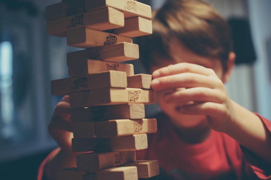 benefits of playing games like Jenga