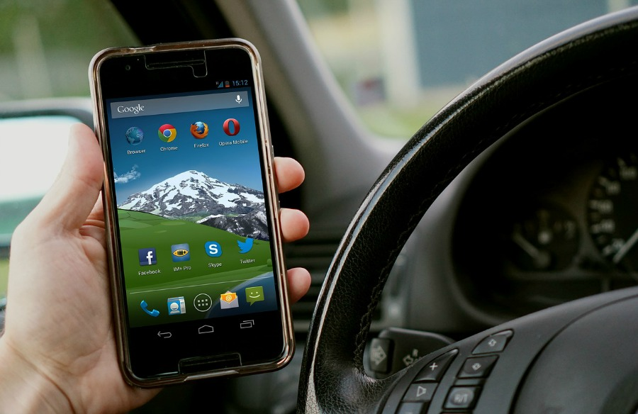 vehicle maintenance apps on cell phone