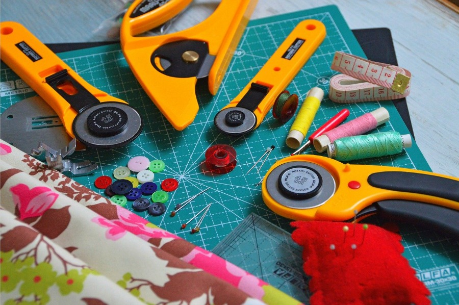 sewing and quilting tools that make great gift ideas for quilters or sewers