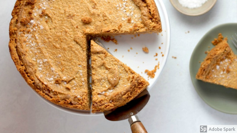 slice of pie for dessert last-minute Thanksgiving tips