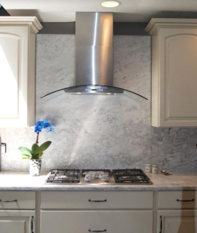 Proliner Range Hood in kitchen