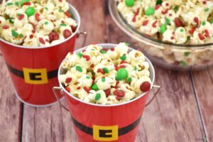 quick and easy Christmas popcorn recipe