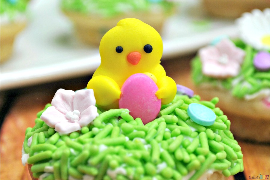 close up of sugar cookie cups for Easter