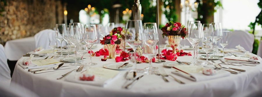 planning a wedding tips so you can have a table like this one at your wedding reception