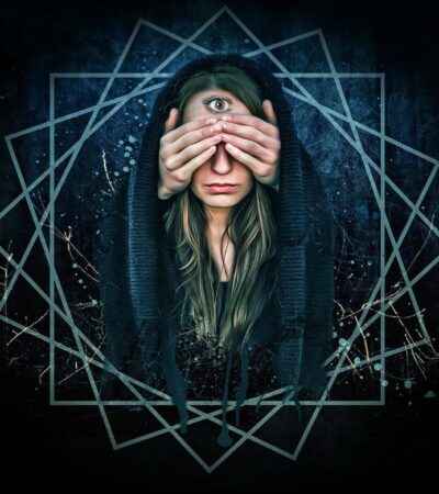 How to Tell If a Psychic Is Legitimate or Not