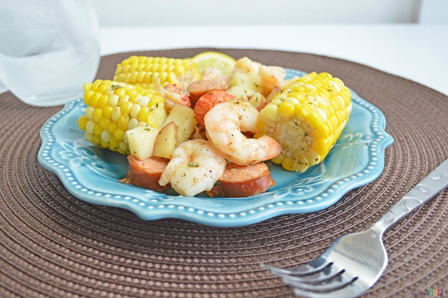 easy dinner recipe made on the grill