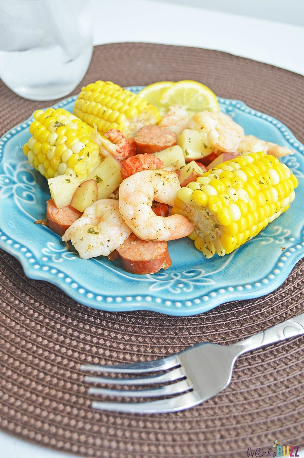 Filled with shrimp, crawfish, sausage, corn, and potatoes, these easy Cajun Seafood Boil Foil Packets are packed with flavor and have just the right amount of heat.
