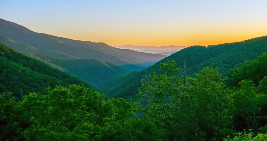 blue ridge mountains of north georgia outdoor adventure road trips