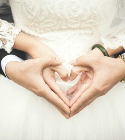 5 things every couple should discuss before getting married