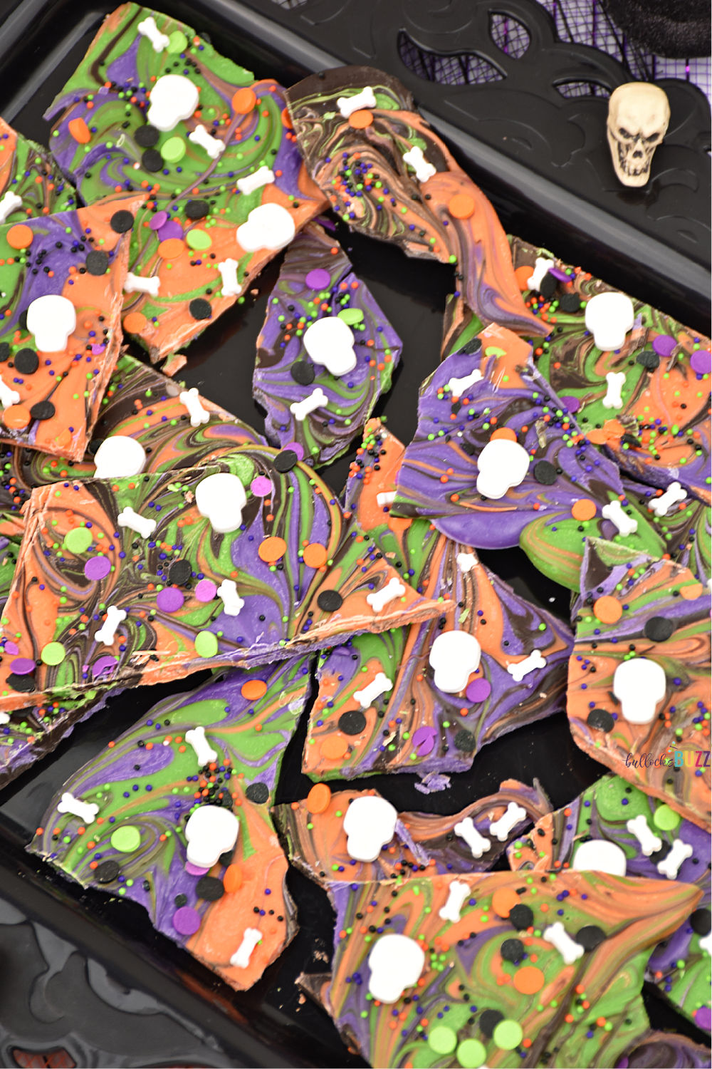 Add a little sweetness to your spooky Halloween celebration with this no-bake Boneyard Halloween Candy Bark. Find the recipe on the Bullock's Buzz blog!