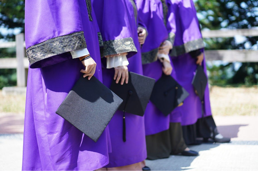tips on how to graduate in style.