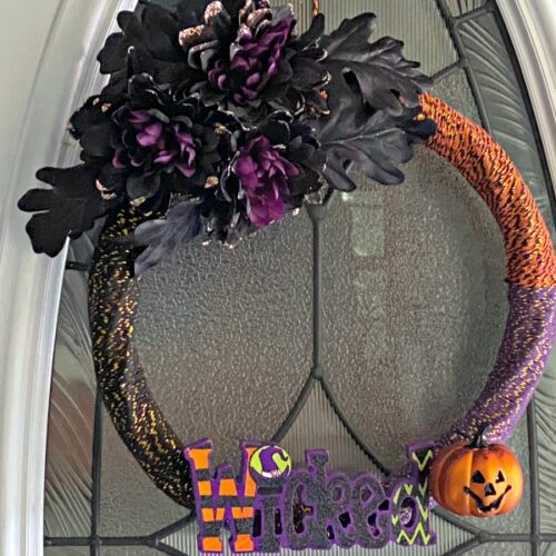 easy DIY Halloween Wreath idea using Dollar Tree supplies