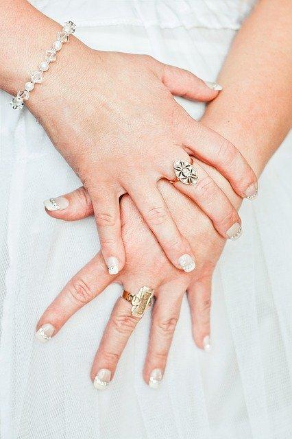 tips on choosing bridal jewlery