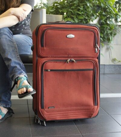 how to decide which shoes to pack for vacation