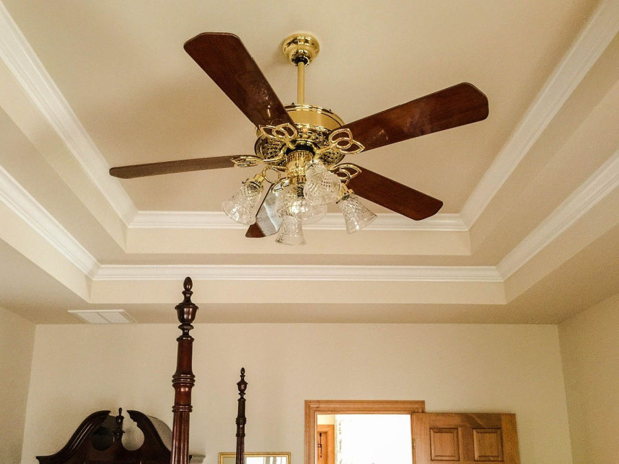 Use ceiling fans To Keep Your House Cool During The Summer