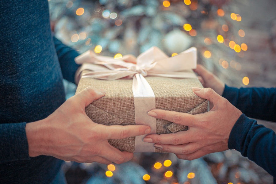 clever gift ideas for guys