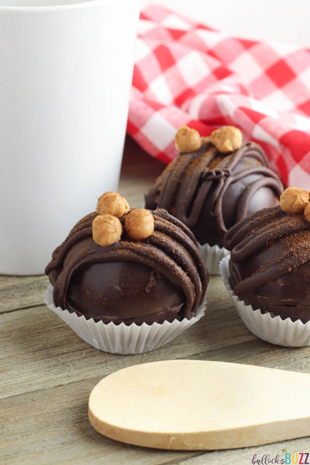 This mouth-watering Caramel Mocha Coffee Bomb recipe makes for a tasty start to your day! #coffeebomb #espressobomb #recipes #caramelmocha #coffee