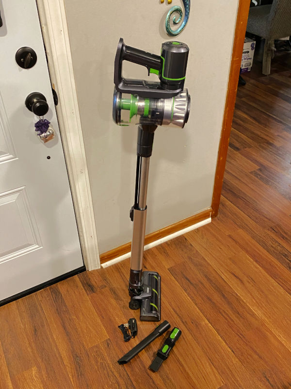 Toppin cordless vacuum put together